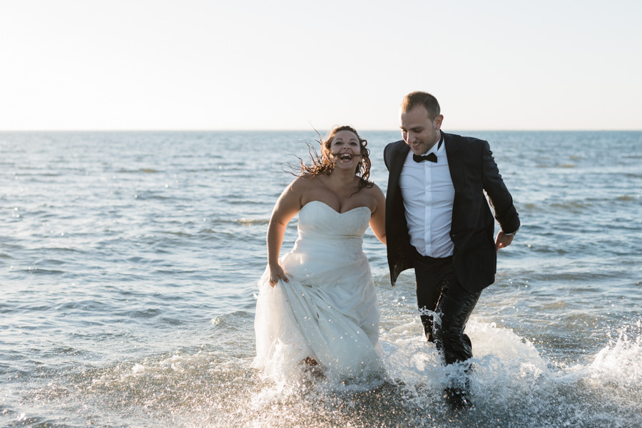 photographe mariage marseille aix toulon trash the dress plage mer