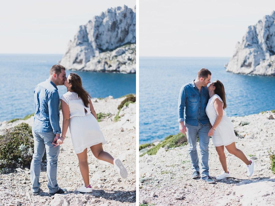 seance couple mer plage engagement photographe mariage provence