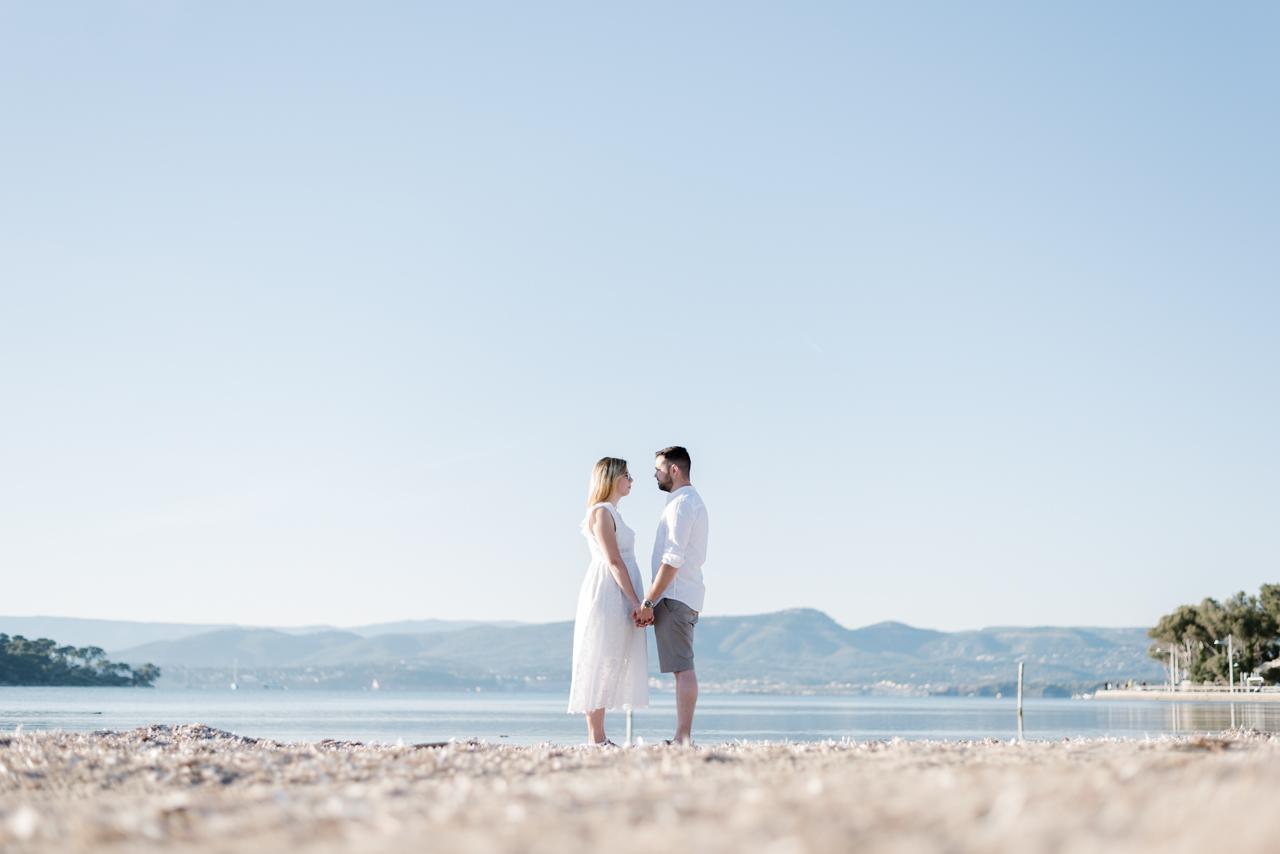 seance couple à la mer - kristian photos photographe de mariage dans le Var
